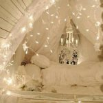 47-diy-christmas-lights-decoration-ideas-homebnc