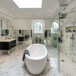 47-wet-room-design-enclosed-yet-open-homebnc