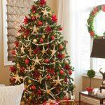 50-christmas-tree-decoration-ideas-homebnc