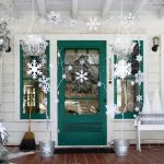 50-snowflakes-decoration-for-christmas-doors-homebnc