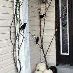 55-diy-halloween-outdoor-decorations-homebnc