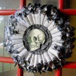 59-diy-halloween-outdoor-decorations-homebnc