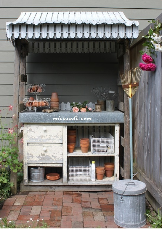 POTTING BENCH: This Potting Bench was saved from the curb and made a big contribution to my garden.