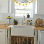 orange garland-sink window_thumb[2]