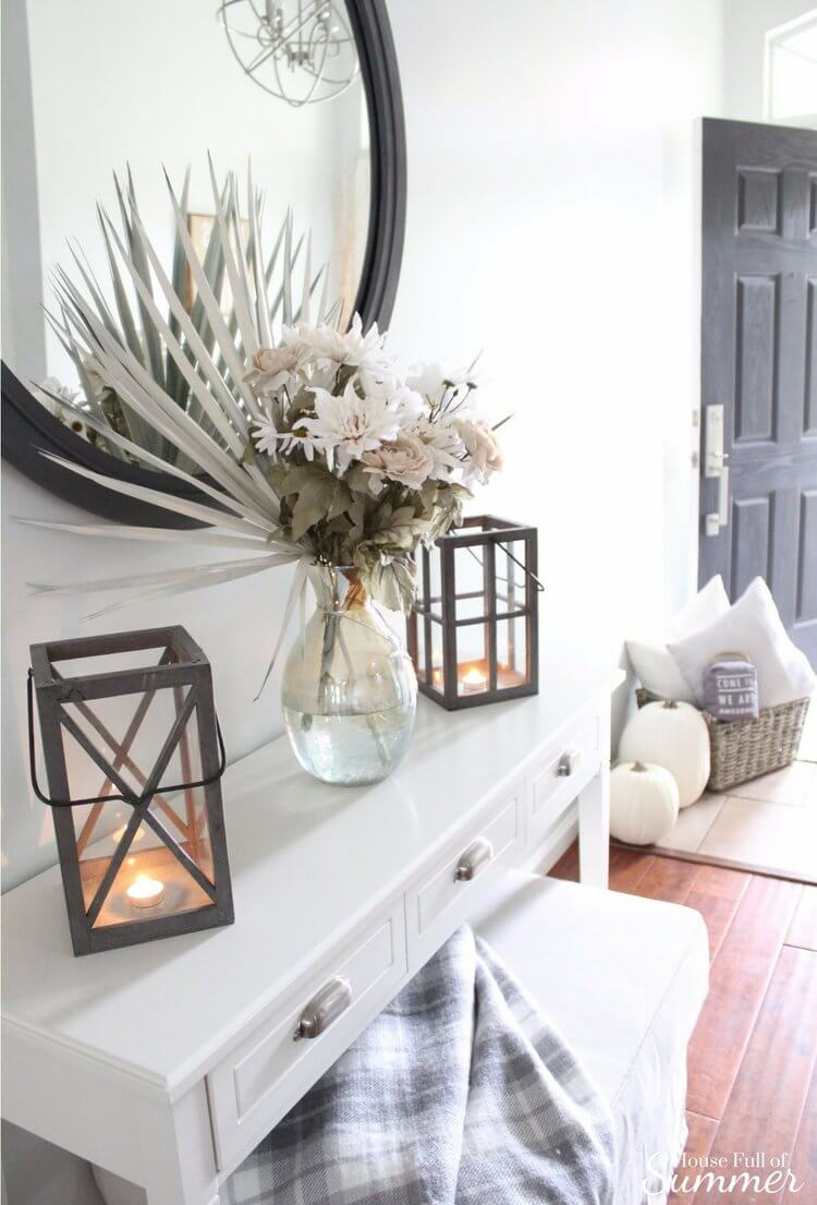 Ivory Entryway Flower and Lantern Display