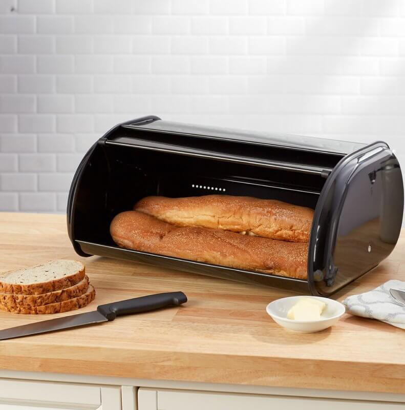 The Breadbox that Preserves Your Baker's Pride