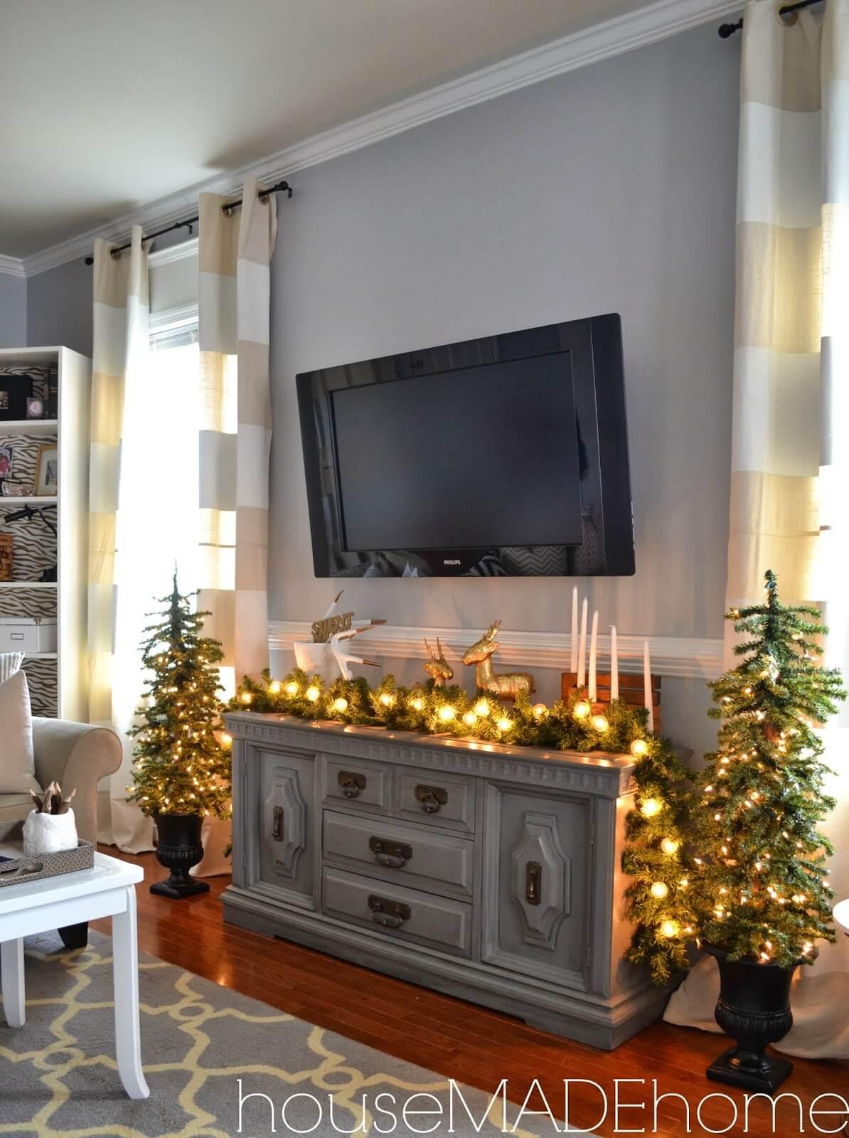 Mini Tree and Mantle Light Display