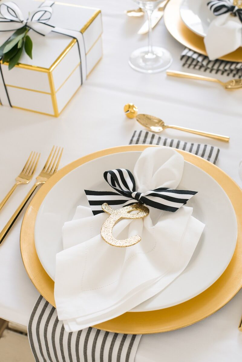 Chic Gold Place Settings for the Holiday