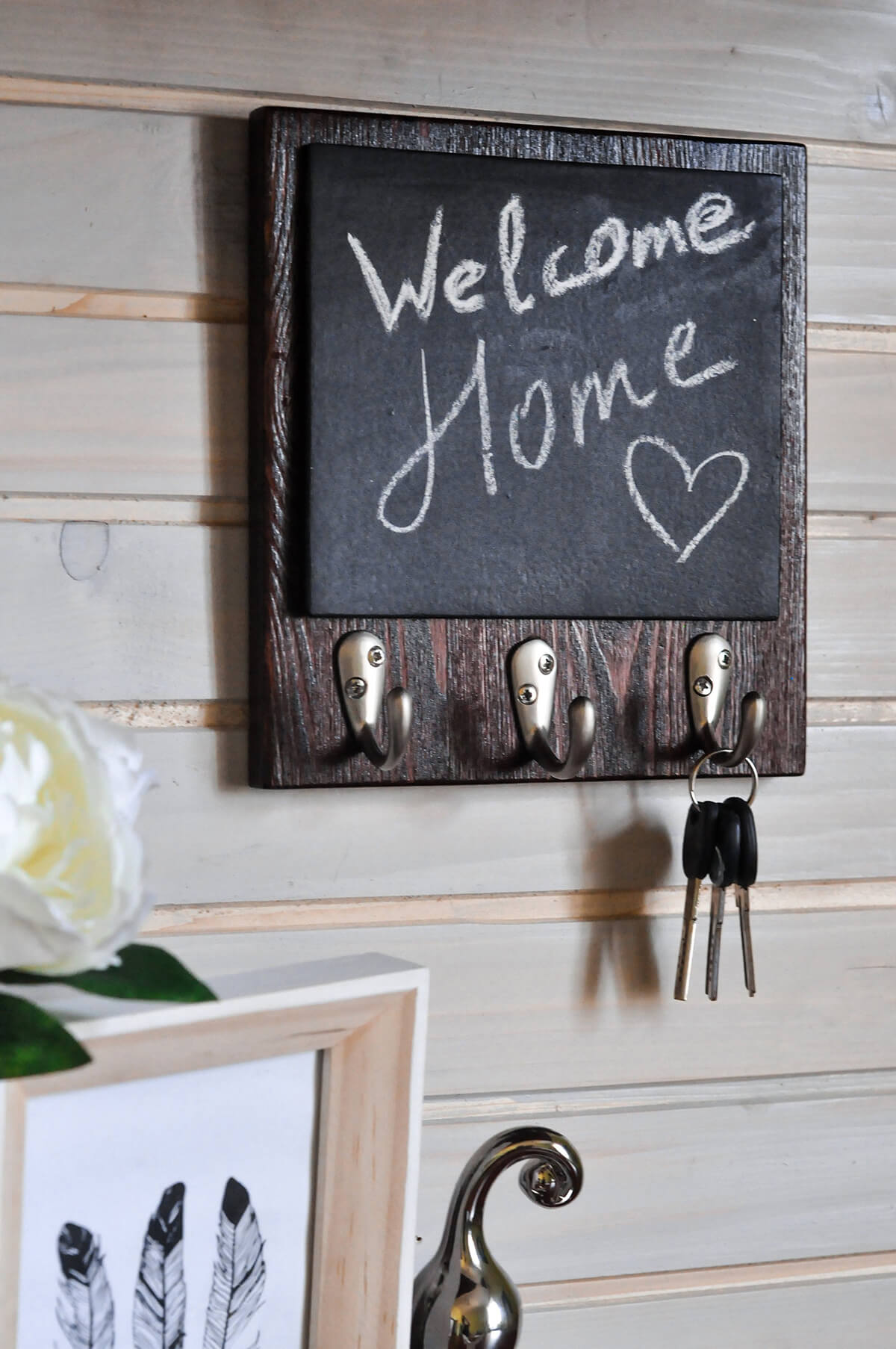 Mini Chalkboard and Key Rack