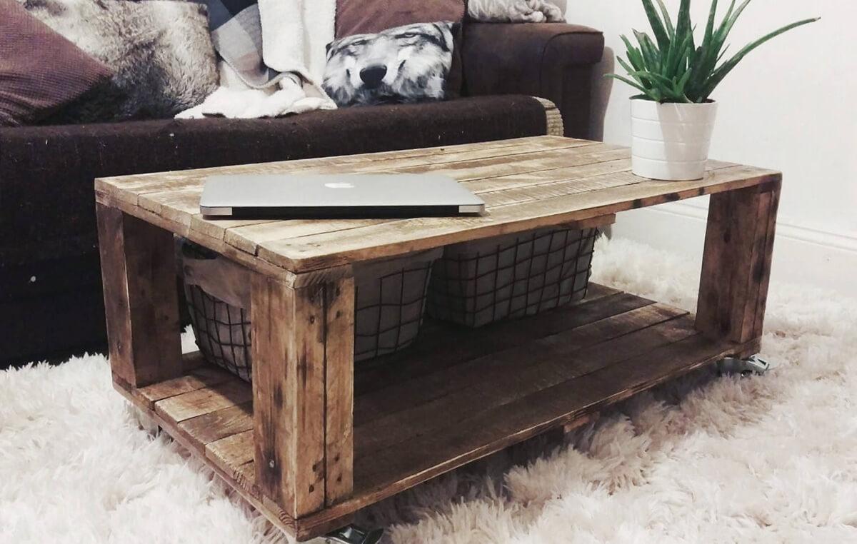 Reclaimed Wood With Plenty of Storage