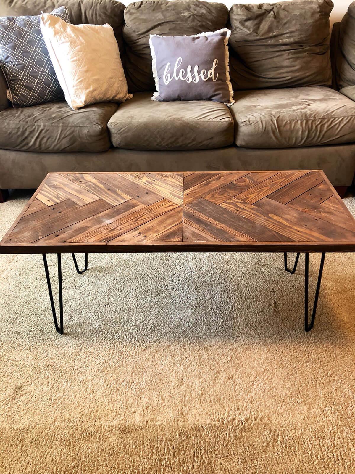 Unique Herringbone Design With Pallet Wood