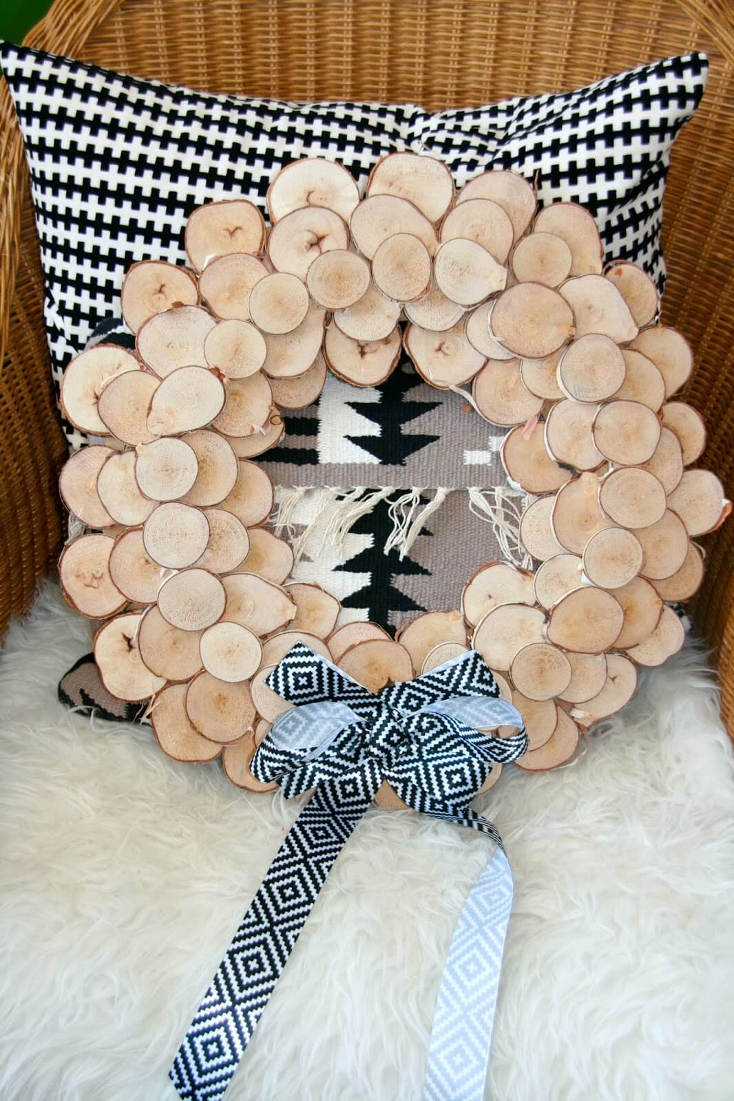 Rustic Wood Wreath to Add Curb Appeal