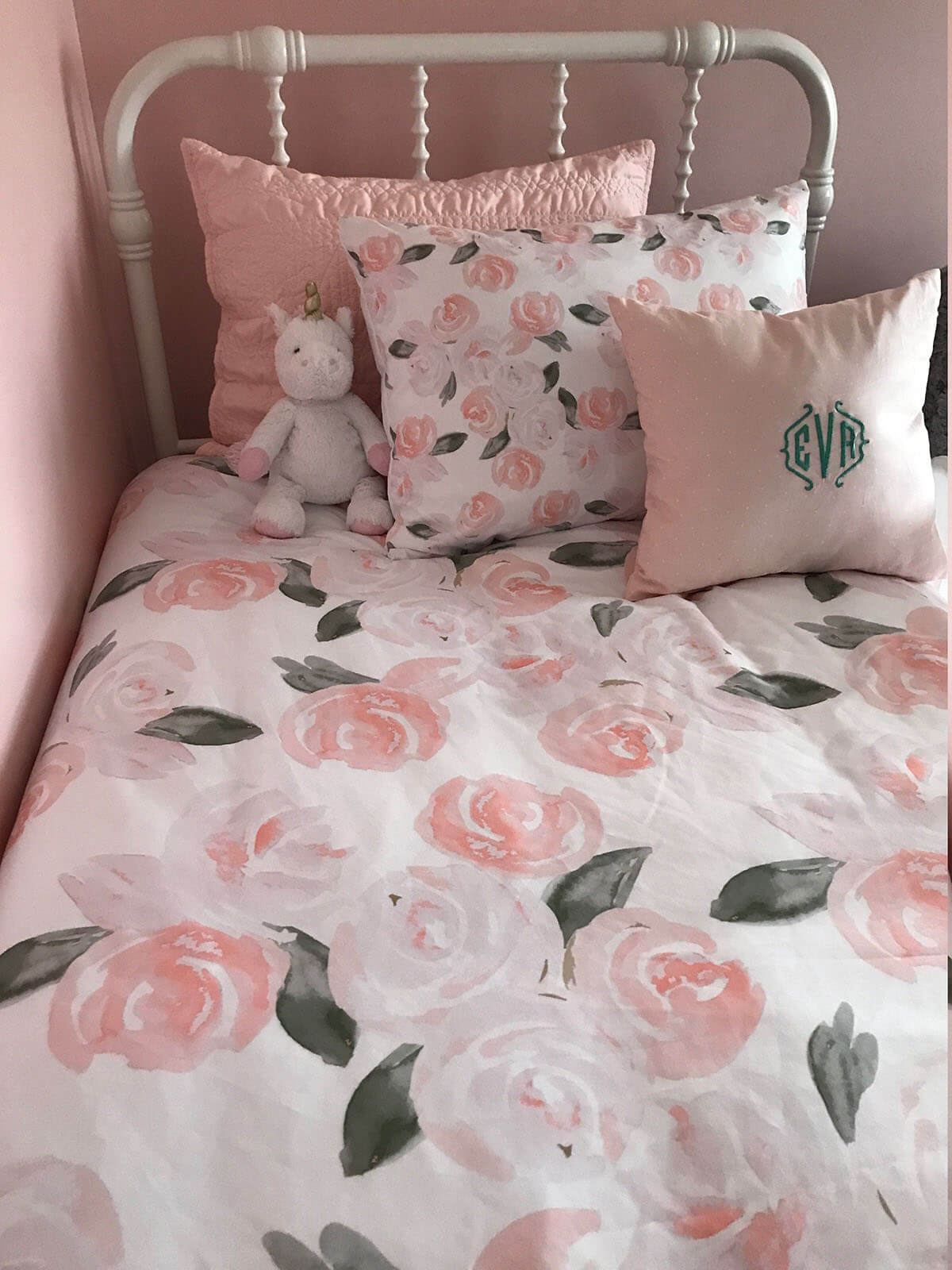 Sweet and Pink Rose Bedding
