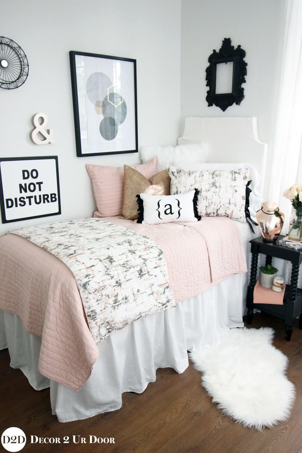 Dorm Room Chic Bedding